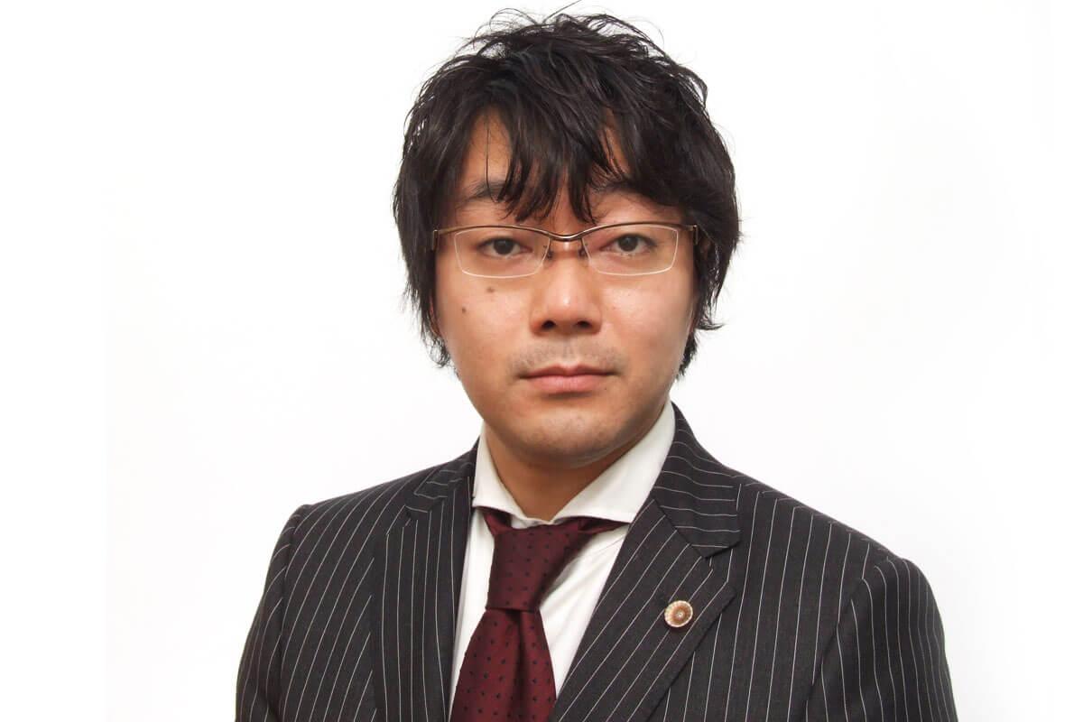 弁護士の佐藤氏